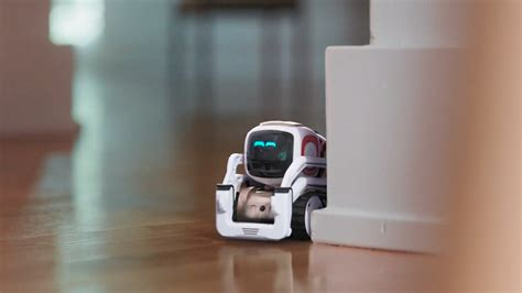 Anki's new Cozmo ad shows a mischievous toy robot pulling